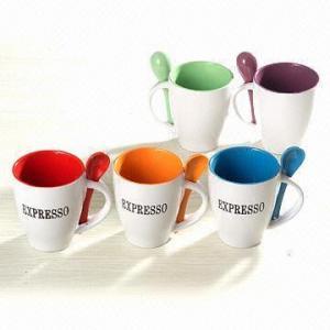 China caneca de café cerâmica com colher wholesale