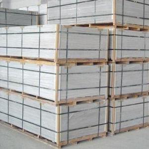 China 酸化マグネシウムは耐火性と、防水、非アスベストス/緑板特徴乗ります wholesale