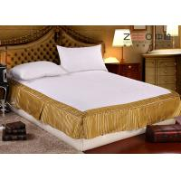 China Quilted Hotel Bedding Sets / Hotel Bed Skirts With Fitted Sheet on sale