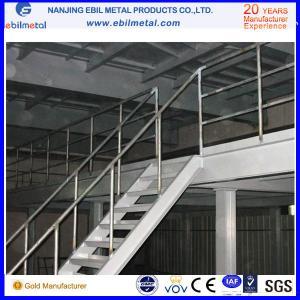 2 ou 3 support en acier de mezzanine de l'entrepôt Q235b de plancher de rangée/plate-forme en acier avec les plats perforés