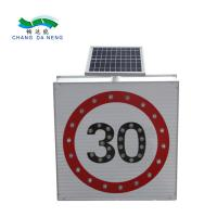 China Turkiye 5w Solar Traffic Signal Led Light Speed Limit Roadway Security Traffic Warning Sign on sale