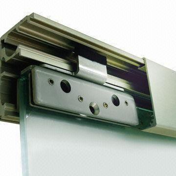 Double sliding door mechanism