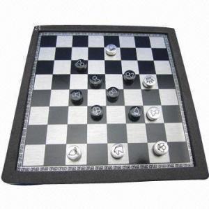 Шахматы, сделанные из нержавеющей стали + ПВК