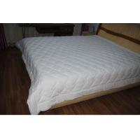 Buy cheap Diamond Quilting White Queen Size Quilts Comforter For Hotel / Household product