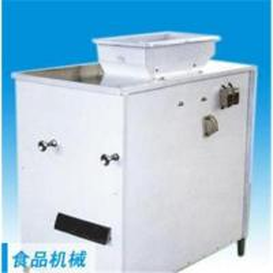 China Dry type peanut skin peeling machine 0086-15890067264 on sale