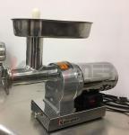 China Hogar de la máquina para picar carnede la calidad comercial, trituradoras de alimentos eléctricascon 3 tubos de relleno wholesale