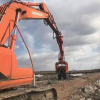 China BEIYI Red VH250 china factory trade 20-30T Excavator Mount Hydraulic Pile Hammer Vibrating Pile Driver on sale