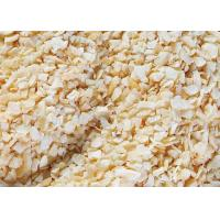 Buy cheap Dehydrated Garlic Flakes , Fired Garlic Granules 24 Months Shelf Life product
