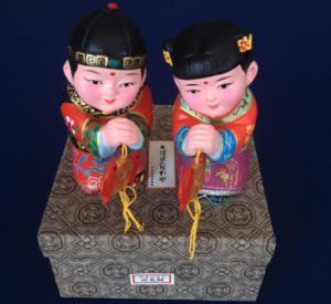 China 結婚のための粘土の置物 on sale