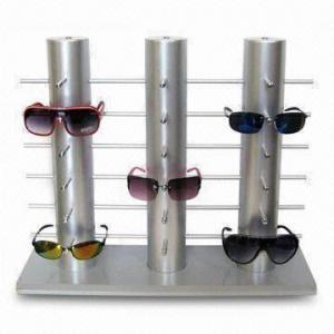 Présentoir de POP de lunettes de soleil avec des crochets en métal, conceptions adaptées aux besoins du client, très utilisées sur les marchés