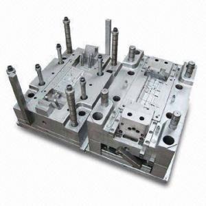 Buy cheap Herramienta del moldeo por inyección con la base de LKM y la cavidad P20/el acero de la base product