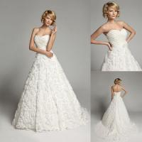China Romantic Lace Flower Applique Wedding Dresses with Court Train for Womens on sale