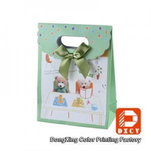 Buy cheap O presente bonito do papel verde ensaca o estilo da decoração do laço da laminação de Matt de Velcro product
