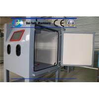Air Pressure 0.3 - 0.7MPa Sand Blast Cabinet Bags Type Dust Collecting