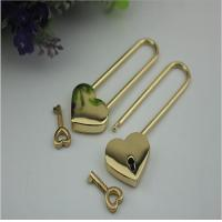 China Luxury heart shape decorative light gold wedding padlock for purse on sale