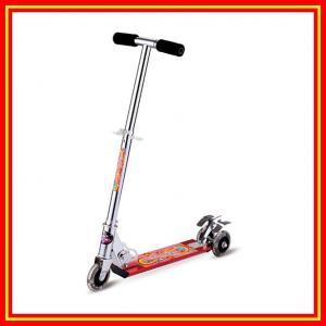 蹴りのスクーター50%アルミニウム ポリ塩化ビニール3の点滅の車輪の子供のスクーター