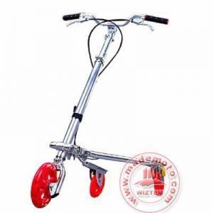 Buy cheap scooter d'oscillation de Tri roues avec le plein corps en aluminium product