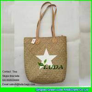 Buy cheap A palha feito a mão natural do plâncton vegetal de LUDA ensaca com a estrela branca pintada product
