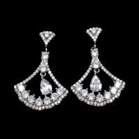 Triangle Shape Silver Cubic Zirconia Drop Earrings Charm / Vintage Jewelry