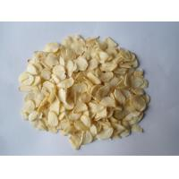 Buy cheap 2014 China Fried Dehydrated Garlic Flakes from wholesalers