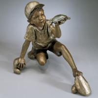 China Kids Metal Sculpture Life Size Bronze Casting Boy And Tortoise Face To Face Garden Statue on sale