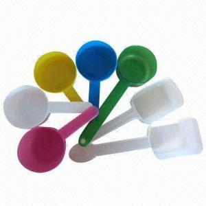 Las cucharas/las cucharadas, los diversos colores están disponibles