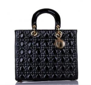China Ladies Handbags on sale