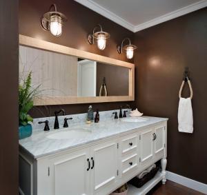 Buy cheap Double bowl bathroom vanity, solid wood bathroom vanity product