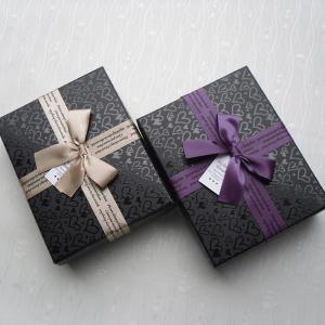 Buy cheap картон 5 * 5 * 4 дюймов украшая тип подарочных коробок двухкусочный с смычком ленты product
