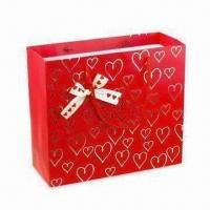 Buy cheap Бумажные сумки подарка с штемпелевать фольги горячий, идеальный для Битхдайс, свадеб и рождества product