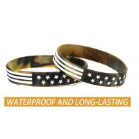 China USA Rubber Wristbands Silicone Bracelet with American Flag in Black and Army Green for American Patriots on sale
