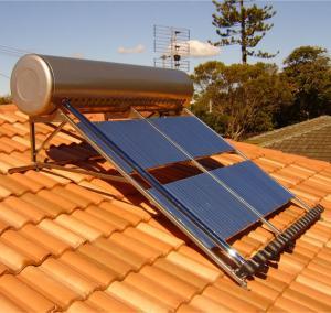 Buy cheap los tubos 240L 24 condensan el calentador de agua solar a presión alto del tubo de calor para el tejado de la cuesta product