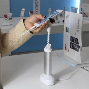 Buy cheap Los soportes de exhibición de escritorio del teléfono elegante antirrobo del ASISTENTE con el cargador telegrafían para las tiendas móviles product