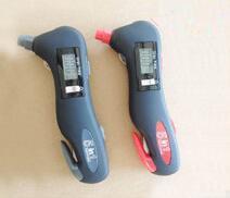 Buy cheap 5 DANS des outils de 1 secours, marteau d'outil de mesure de pneu de secours product
