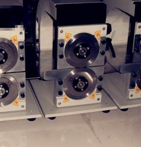 Buy cheap 円の刃が付いている V の切口 PCB Depaneling 機械を調節する正確さ product