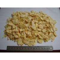 China Dried Garlic Pods Chips , Dehydrated Garlic Flakes Wtih Root Eco Friendly on sale