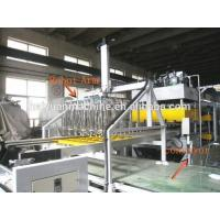China Fully Automatic Vacuum Forming Machine With Single Robot Arm on sale