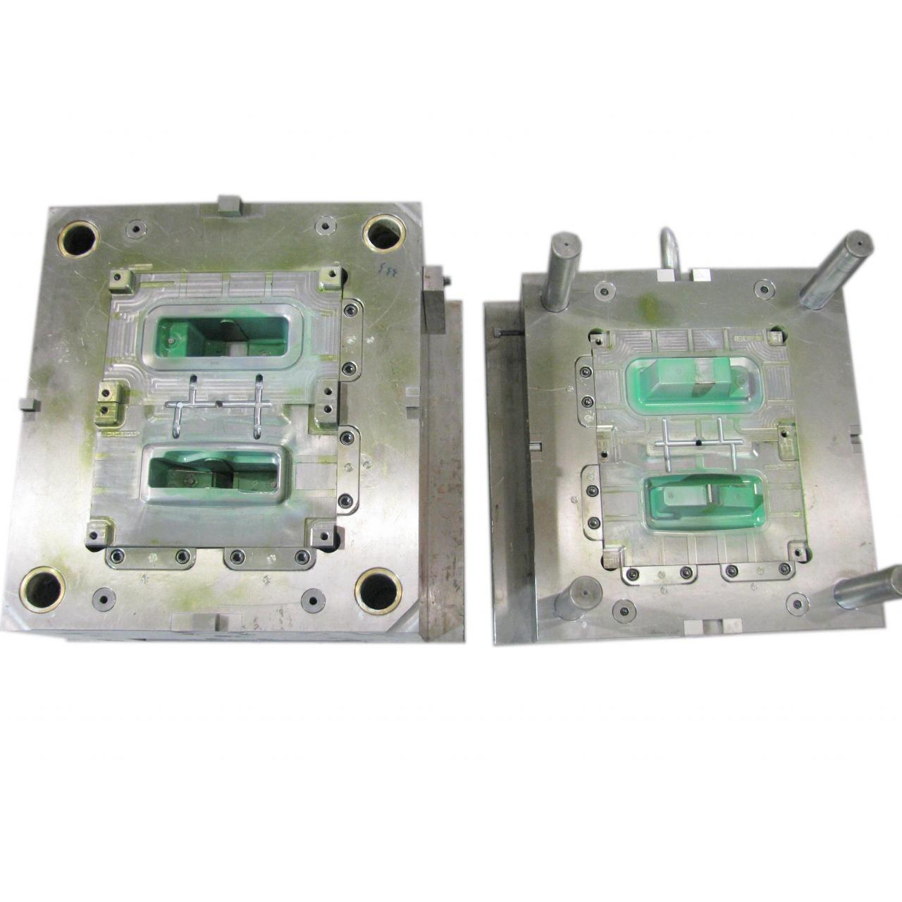 high precision plastic injection mold