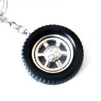 China Black Rubber Car Wheel Key Chains Personalised Car Keychain Gifts for Him CK-007 wholesale