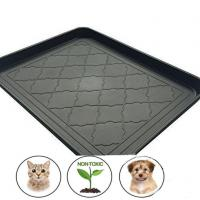 China Premium Silicone Pet Food Tray With Non Skid Design on sale