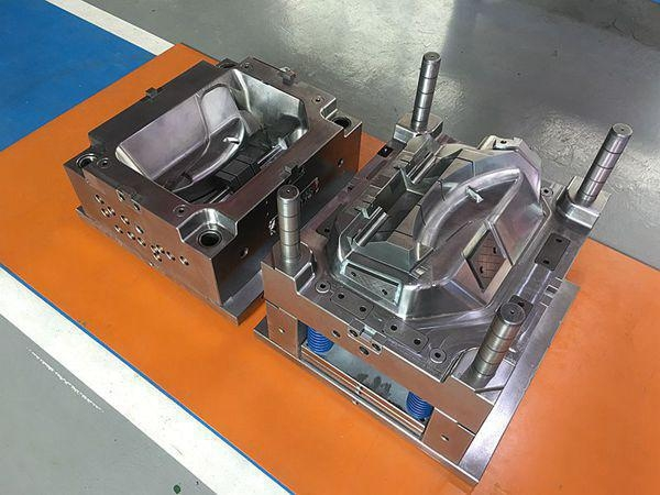 China Injection mould tooling